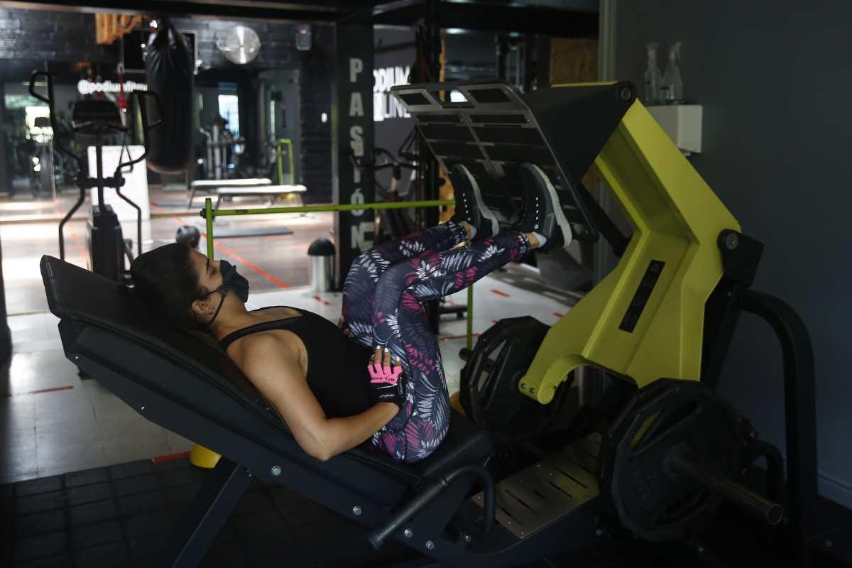 Verificamos por usted:  ¿Se debe usar mascarilla cuando se hace ejercicio?