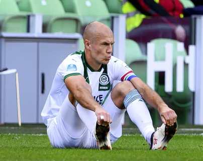 Robben vuelve a jugar casi seis meses después de su última lesión