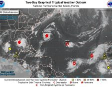 Imagen satelital que muestra varios de los fenómenos climáticos.  (Foto Prensa Libre: EFE)