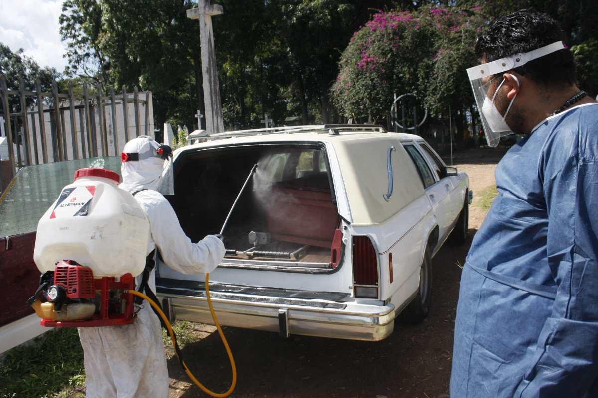 El mundo supera el umbral del millón de muertes por coronavirus