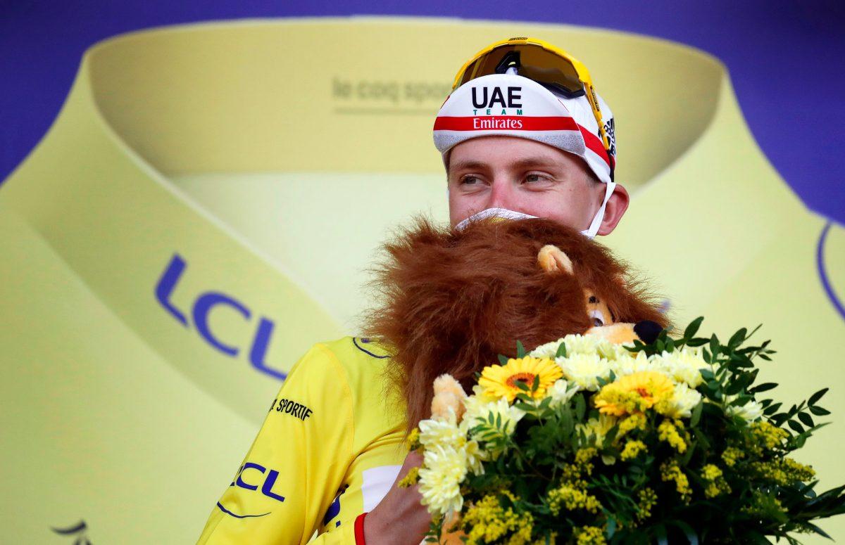 El emotivo momento en el que Pogacar se da cuenta de que es ganador virtual del Tour de Francia y rompe en llanto