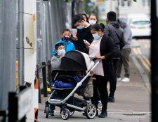 Autoridades del Reino Unido consideran nuevas restricciones ante el aumento de casos de coronavirus. (Foto Prensa Libre: EFE)