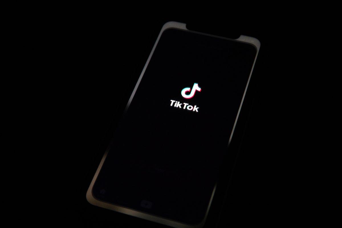Tik Tok tiene un nuevo reto que preocupa a la FDA pues jóvenes usan antialérgicos por diversión