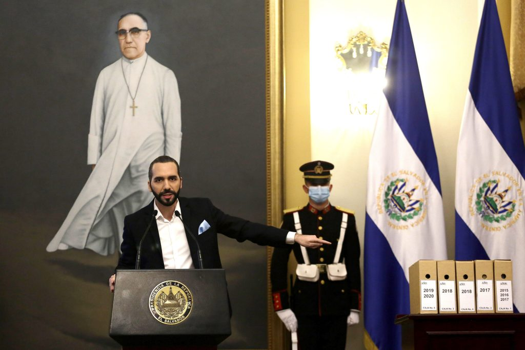Bukele desclasifica archivos vinculados con masacre salvadoreña de El Mozote
