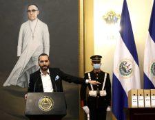 Nayib Bukele, presidente salvadoreño, durante su mensaje en cadena nacional. (Foto Prensa Libre: EFE)