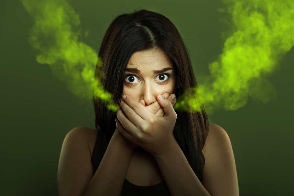 Cuidados de la salud bucodental: ¿la mascarilla causa mal aliento?