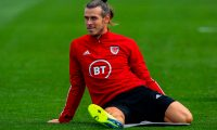 Wales' forward Gareth Bale attends a training session at The Vale Resort near Hensol in South Wales on September 5, 2020 ahead of their UEFA Nations League international football match against Bulgaria. - Bale links up with Ryan Giggs and the Wales national team after a turbulent domestic season with Real Madrid which saw him start only one of Madrid's last 11 matches after La Liga resumed in March. Bale was notably left out of Madrid's Champions League last 16 match against Manchester City on August 7 with manager Zinedine Zidane saying that Bale told him he did not want to play. (Photo by GEOFF CADDICK / AFP)