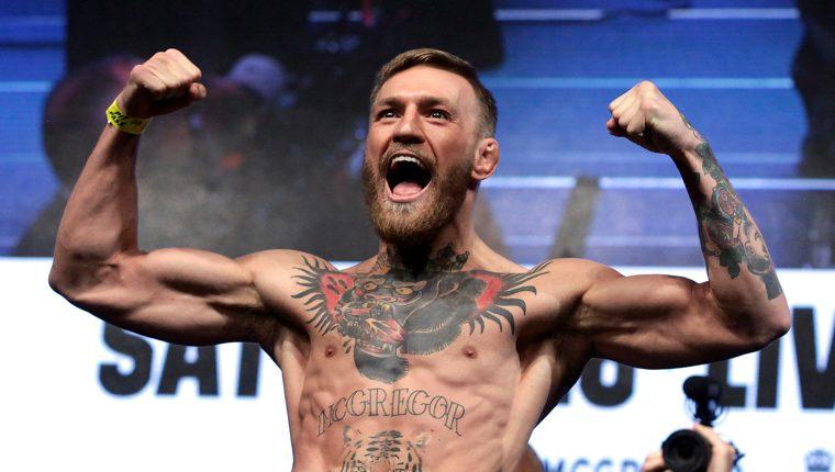 El peleador de MMA Connor Mcgregor posa durante un pesaje en Las Vegas, Nevada, Estados Unidos en una foto de archivo. (Foto Prensa Libre: AFP)