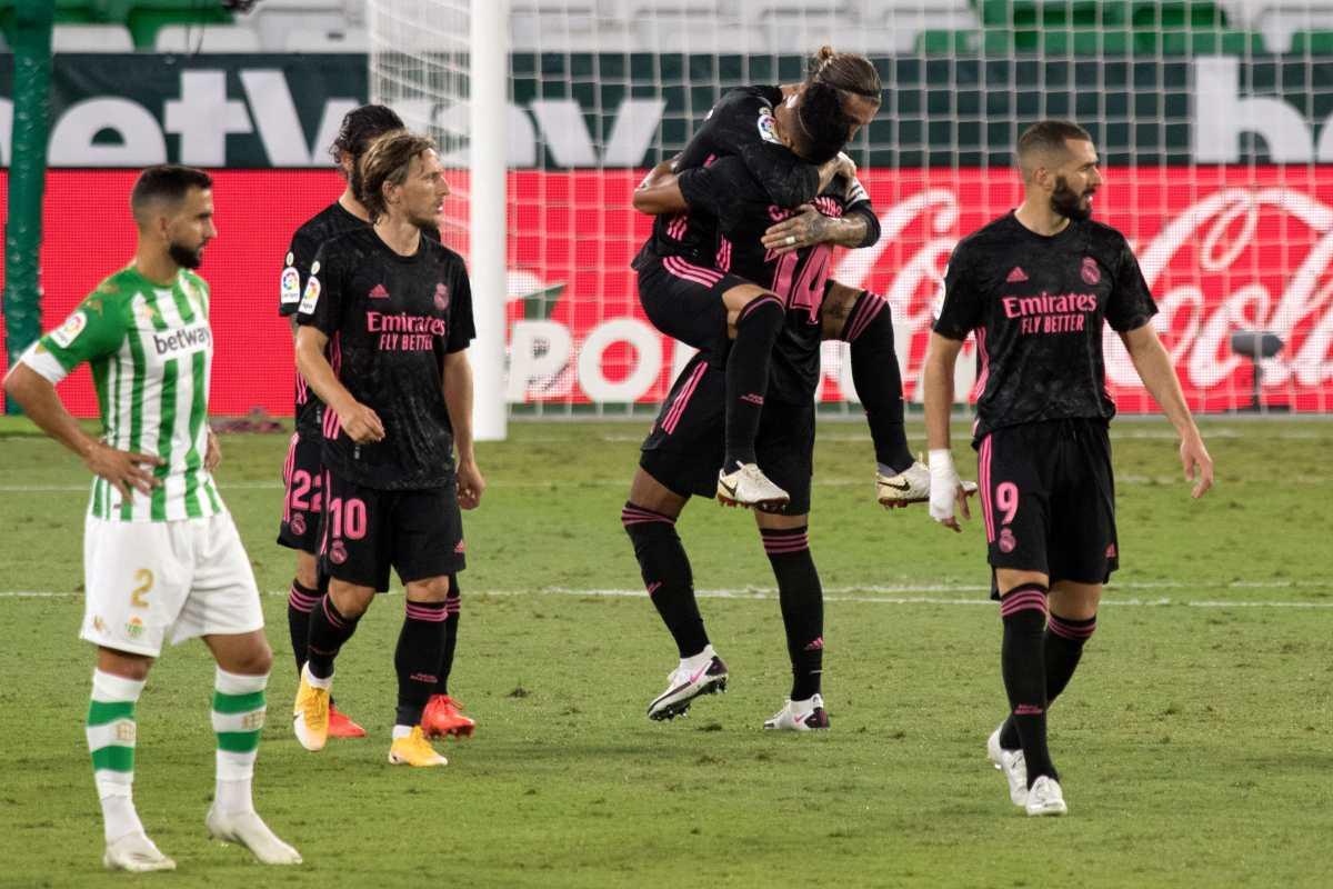 El VAR impulsa al Real Madrid en la victoria contra el Betis