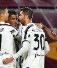 La Juventus informó sobre dos casos positivos de covid-19 dentro de su institución, los cuales no habrían tenido contacto con jugadores y cuerpo técnico. (Foto Prensa Libre: AFP)