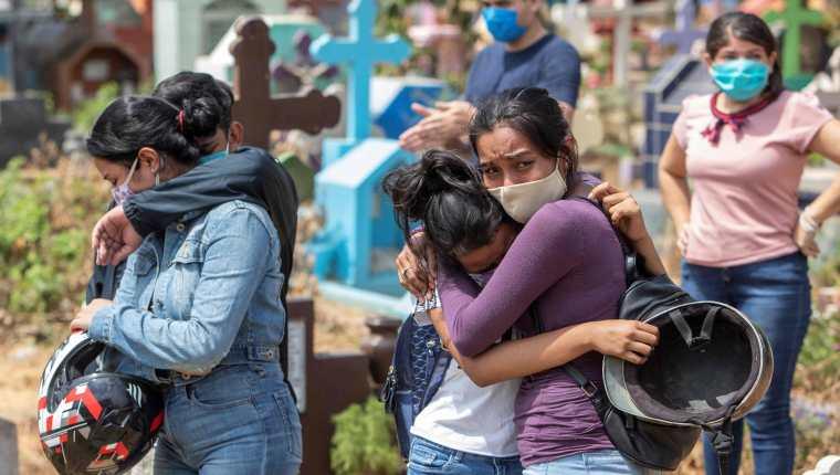 El gobierno de Nicaragua registra seis mil 299 casos y 170 fallecidos por covid-19, pero hay quienes creen que las cifras son superiores. (Foto Prensa Libre: AFP)