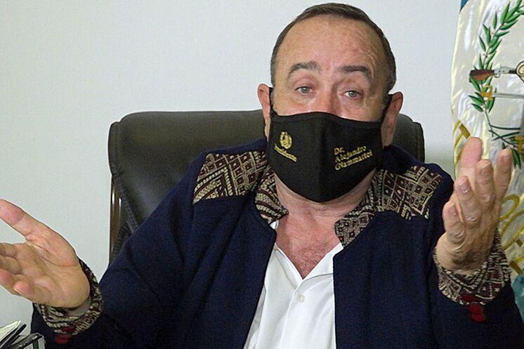 """""""Los días críticos van pasando y solo quedan los rescombros de la enfermedad"""", afirmó Alejandro Giammattei"""