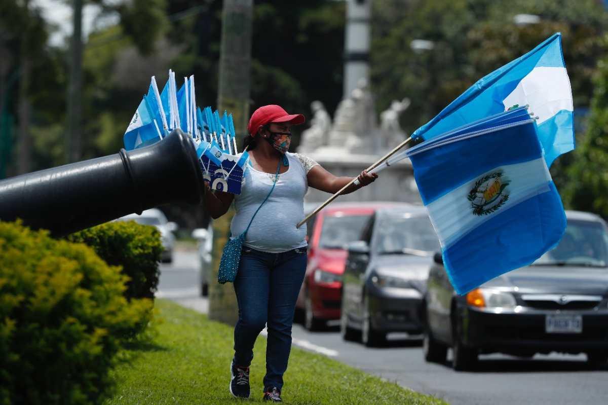 199 años de Independencia y el reto de vender una bandera de Guatemala en 60 segundos