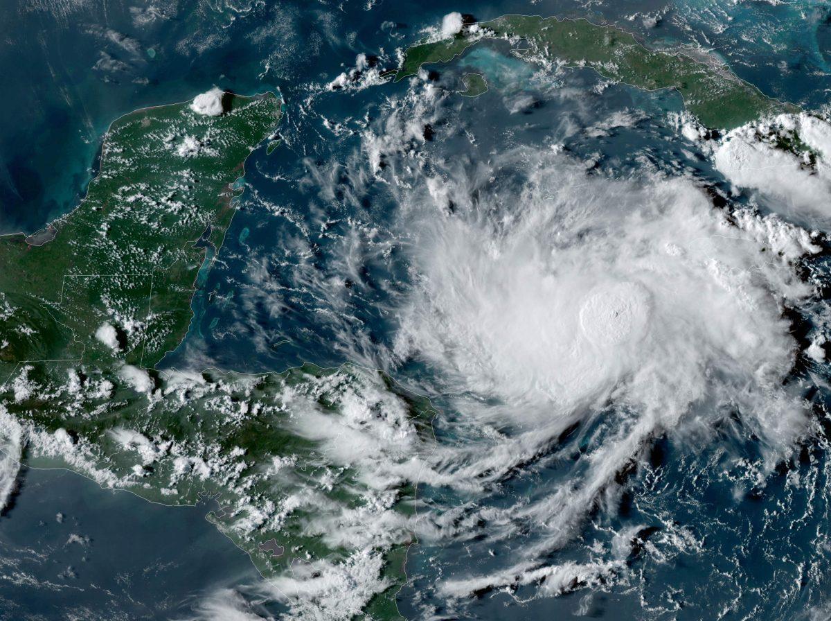 Tormenta tropical Nana podría llegar a Guatemala el jueves y convertirse en huracán