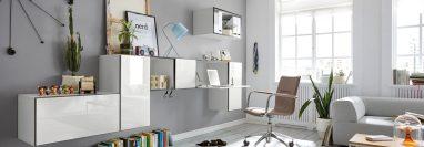La oficina se puede instalar en casa con muebles que no estorben la circulación, por ejemplo con escritorios que se integren visualmente en la habitación. Foto Prensa Libre: Hülsta/VDM/ DPA