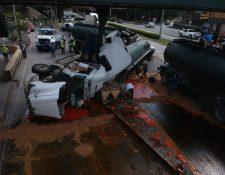 Vista aérea del accidente de tránsito sobre la Calzada Raúl Aguilar Batres. (Foto Prensa Libre: Carlos Hernández Ovalle)