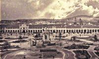 En este edificio ocurrió la reunión del 15 de septiembre de 1821, en el solar que hoy ocupa el Parque Centenario. Foto Prensa Libre: Hemeroteca