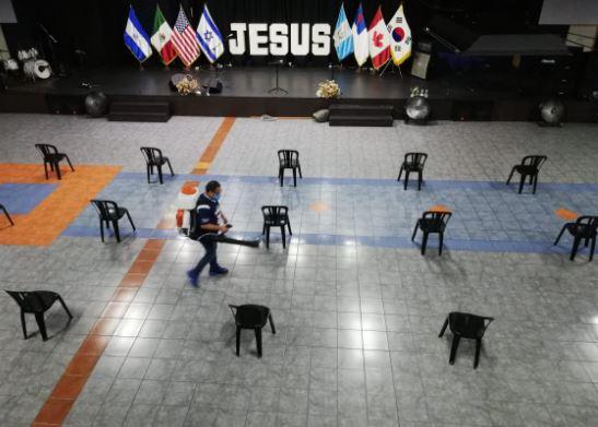 Iglesias evangélicas no efectuarán ensayo de reapertura en Villa Nueva. (Foto Prensa Libre: Miriam Figueroa)
