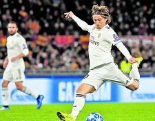 Luka Modric recordó su infancia y su deseo de concluir su carrera en el Real Madrid. Foto Prensa Libre: AFP