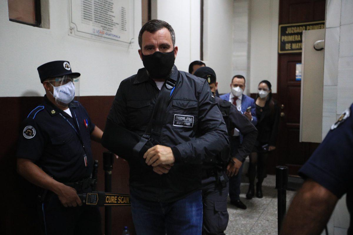Sinibaldi declara a puerta cerrada en el caso Construcción y Corrupción