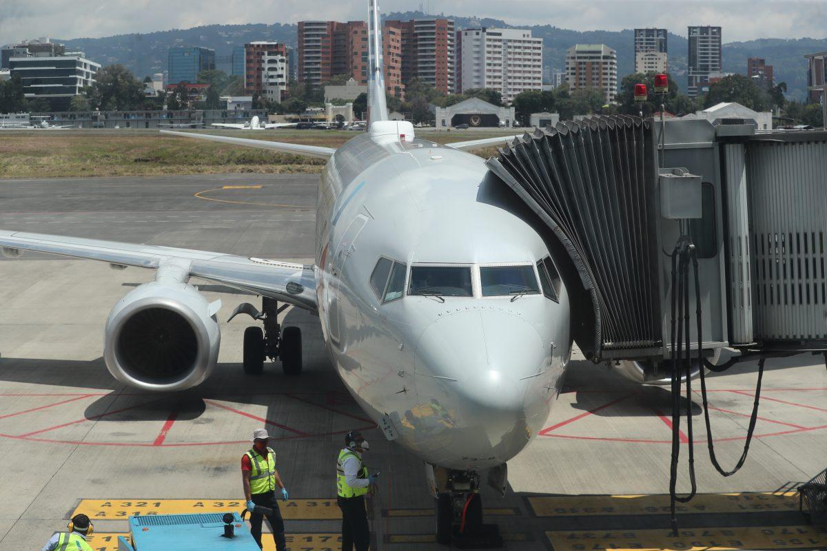 Aeronáutica Civil sancionará a las aerolíneas que permitan abordaje de pasajeros sin prueba PCR negativa al coronavirus