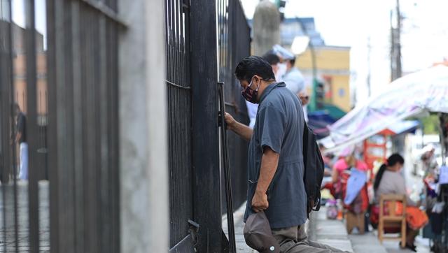 La reapertura ha permitido que las iglesias puedan volver a abrir sus templos, aunque con restricciones. (Foto Prensa Libre: Hemeroteca PL)