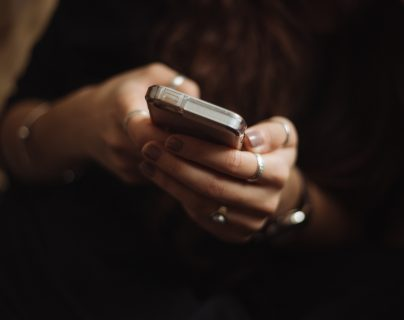 Según la empresa We Are Social, el uso de redes sociales va en incremento. (Foto Prensa Libre: Unsplash)