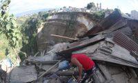 En Guatemala muchas familias viven en áreas propensas a derrumbes durante la época de lluvia. (Foto Prensa Libre: Hemeroteca PL).