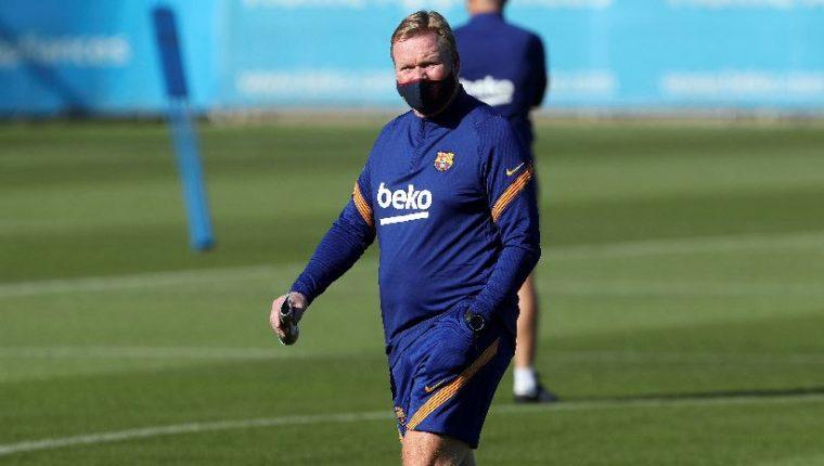 Ronald Koeman, durante las prácticas de esta semana con el Barcelona. (Foto Prensa Libre: EFE)