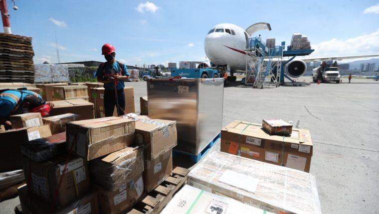 La terminal de carga aérea en el Aeropuerto Internacional La Aurora es operada por Combex-im. (Foto, Prensa Libre: Érick Ávila).