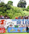 La afición de Achuapa se acercó al estadio Manuel Ariza para ver el partido entre su equipo y Municipal. (Foto Prensa Libre: Luis López)