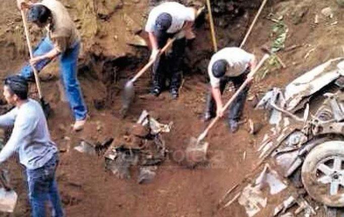 Foto de archivo que muestra una de las excavaciones para dar con las víctimas de la banda. (Foto: Hemeroteca PL)