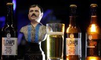 """La marca originalmente de ropa dedicada al temido narcotraficante Joaquín """"el Chapo"""" Guzmán Loera busca ahora adentrase en nuevos mercados con una cerveza artesanal. (Foto Prensa Libre: EFE)"""