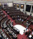 La sesión apenas tuvo cuórum y se levantó minutos después de que inició. (Foto Prensa Libre: Congreso)