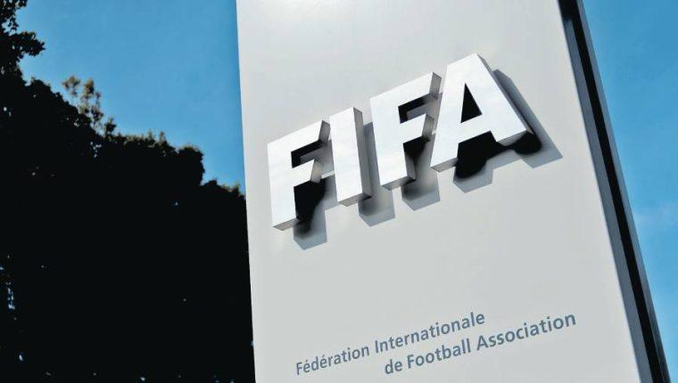 La Fifa estima que la pandemia del covid-19 ha dañado al futbol mundial. (Foto Prensa Libre: Hemeroteca PL)