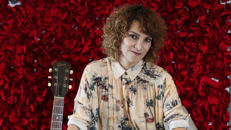 Gaby Moreno está nominada en la categoría Mejor Álbum Vocal Pop Tradicional con ¡Spangled!, su sexto álbum de estudio. (Foto Prensa Libre: Keneth Cruz)