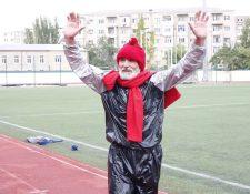 Durante cinco horas de la carrera, Bagama Aigúbov, estuvo monitoreado por los médicos. (Foto Prensa Libre: Instagram)