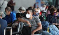 Todos los pasajeros que no cuenten con una prueba covid para ingresar a Guatemala se la podrán hace en el Aeropuerto Internacional La Aurora. (Foto: Hemeroteca PL)