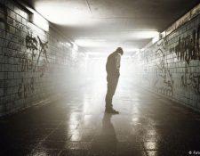 El aislamiento pronunciado puede ser un motivo de suicidio.