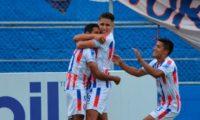Xelajú y Malacateco igualaron en la cuarta jornada, que se disputó en el estadio Mario Camposeco.Foto Prensa Libre: Cortesía Xelajú MC