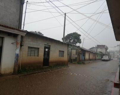 Las lluvias persistirán durante el fin de semana, según el Insivumeh. (Foto Prensa Libre: César Pérez Marroquín)