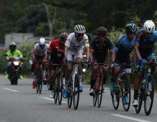 Exigente tercera etapa de la Vuelta a Guatemala, con meta en Coatepeque. (Foto Prensa Libre: Esbin García).