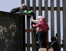 Se cree que cientos de niños están viviendo en Estados Unidos sin sus padres.