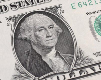 Ecuador y El Salvador se dolarizaron hace casi dos décadas, mientras que Panamá lleva más de un siglo utilizando la moneda estadounidense.