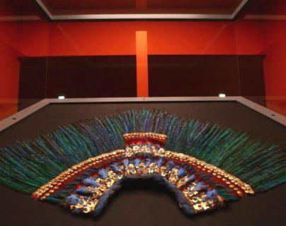 Penacho de Moctezuma: cómo terminó en Austria este tesoro prehispánico (y otras piezas emblemáticas que están fuera de México)