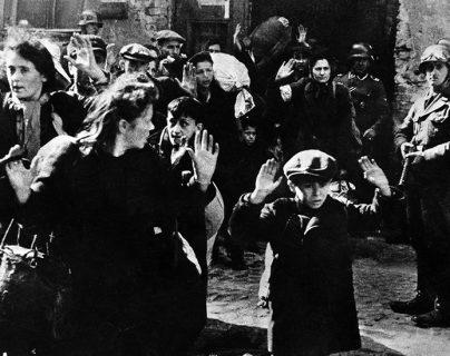 Cómo los judíos confinados en el gueto de Varsovia lograron vencer una epidemia de tifus