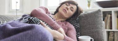 La fatiga es uno de los síntomas de la covid de larga duración.