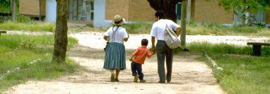 Luis Fermín Tenorio Cortez fue la última víctima de poliovirus salvaje en todo el continente americano. Su foto de 1991 es bien conocida en círculos de salud a nivel internacional.