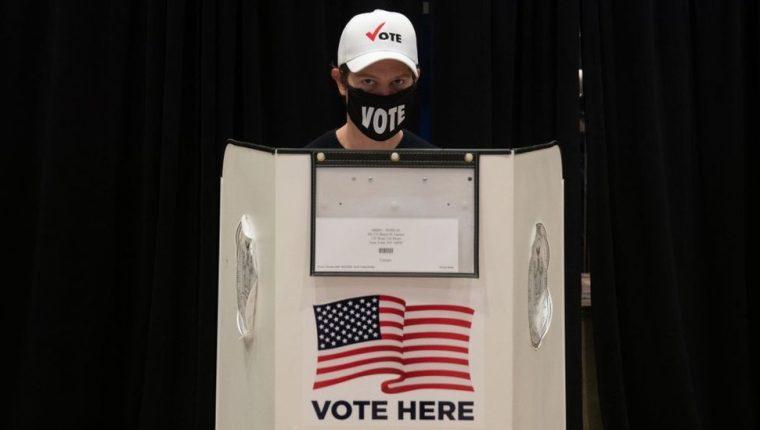 Decenas de millones de estadounidenses han votado de forma anticipada.