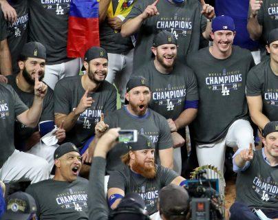 Justin Turner de los Dodgers dio positivo por coronavirus. (Foto Prensa Libre: AFP)